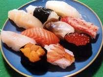 オホーツクの有名寿司店。新鮮な魚介類でにぎるお寿司は格別です!