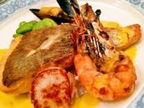 お魚料理の一例。