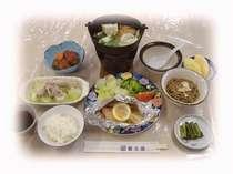 フジヤの料理は信州の家庭の味。