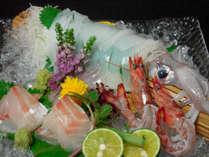 【活けイカと岩牡蠣そして但馬牛】離れのお部屋で濁り湯、掛け流し内湯と露天風呂付で少し贅沢なプラン