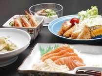 バランスのよい食事でお腹を満たしてください!