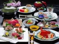 『くろしお会席』伊勢海老・熊野牛・あわびなど、豪華な食材を使った夏会席
