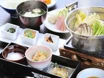 「大人向け朝食」2階お食事会場にて和風朝食をご用意いたします。(季節ごとに内容を変更いたします)
