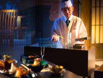 料理人がお部屋まで伺い、お客様の目の前で天婦羅を揚げるスタイル