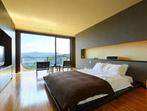 【プレミアスイート301】部屋のどこからでも夜景が見える夜景満喫ルーム。1室限定。