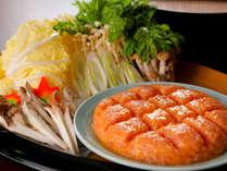 肉も野菜も『一期一会』と、天候や食材の様子で毎日調理方法を変える、創業以来の名物『地鶏のたたき鍋』