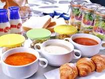 【お部屋で朝食ケータリングセット】早朝の出発ものんびりアウトもこれなら問題なし!