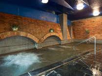 温泉大浴場:ご利用時間6時~10時・13時~24時。男女別の屋内大浴場がございます。