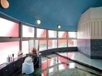 【隣接別施設】貸切露天風呂:グループ施設(わんわんパラダイスホテル)の貸切温泉風呂。