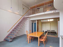 メゾネット和洋室81平米(和・8畳)定員5名:2階建てが特徴の広々したお部屋です。