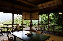 孫文もお泊まりになった松竹館特別室。