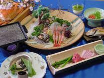 地元漁港から獲れたての魚介類を中心にしたお料理です。写真はイメージになります。