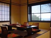 お食事は専用の個室「隠庵」もしくは1階の個室にてお客様ごとお召し上がりいただけます