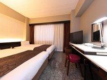 ■ツインルーム(14㎡)■ベッド幅110cm、2台セットのお部屋です。