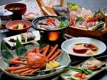 《美食》銘々に丸ごとズワイガニ&ドリンク付貸切露天風呂の『長浜ビーチ物語1』プラン