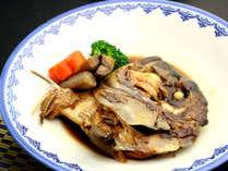 【地元郷土料理】鯛のカブト煮