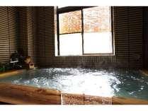 当館自慢の「鶴の湯温泉」♪奥多摩のスローな時間を感じ、普段の疲れを癒してください