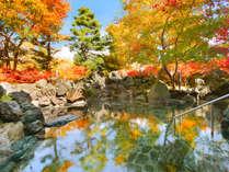 磐梯山噴火時の岩を積み上げた絶景露天風呂。