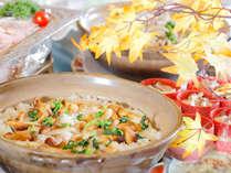 秋の味覚の他、揚げたて天ぷら、お寿司と食欲の秋を満喫!!(イメージ)