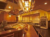 【炉端】郷土料理とおいしい地酒が味わえる居酒屋コーナー!