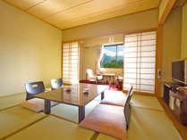 【磐梯山眺望確約和室10畳】福島県のシンボル磐梯山を望む事ができるお部屋です。