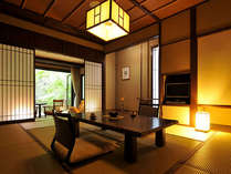 *<別邸美月庵「森」> ルームインテラスからは庭が見渡せる贅沢な空間。