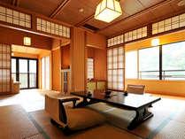 *<和邸 山王院「鶴」> 二間続きの広々としたお部屋で、優雅な滞在を。