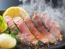 【東海じゃらん掲載】 ステーキ(国産牛120g)まるごと1杯蟹&車海老2匹「SKEグルメ」人気上昇中!