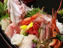 【「食事処」又「別会場」】お刺身10種盛「黒船」1人1台付き♪季節の会席(蟹足も付いてます)