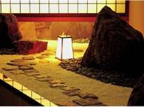 館内のそこここに和の雰囲気が感じられる湯宿です