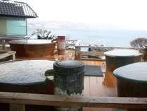 最上階の露天風呂は数人用からお一人様用まで多様な浴槽をご用意しております。