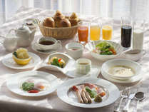 一日の始まりに美味しい朝食を。体にやさしい温野菜のバーニャーカウダー【1泊朝食付き】