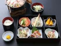 【夕食付★朝なし】全8品の松花堂御膳☆嬉しいワンドリンク付♪ ◆3日前までの予約制◆