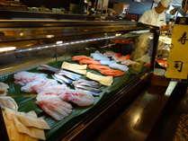 夕食バイキングの寿司コーナー。その場で握ります!(一例)