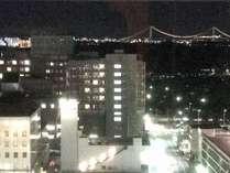 デラックスダブルルームのバスルーム(ビューバス)からの夜景(一例)