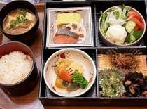 レストラン「嵯峨野」朝食(一例)