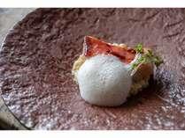 【夕食の一例】伊豆産金目鯛の炭火焼き♪桜の炭で香りをつけております!