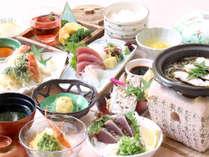 【四万十づくし】地元の食材をふんだんに使用した和石膳です。