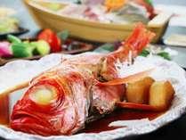 金目鯛煮付けや牛陶板焼きなどのご夕食をどうぞ♪