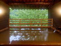 離れ露天風呂 「権左衛門の湯」入浴時間:6:00~10:00 15:00~23:00