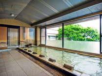 六左衛門の湯(内湯)       入浴時間:14:00~翌朝10:00