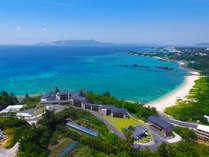 """沖縄初「和の旅亭」をコンセプトに、エメラルドグリーンの海を望む全室""""オーシャンビュー""""の絶景宿"""