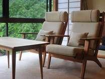 【「ふきや」を彩るデンマークの椅子】  *HANS J WEGNER(ハンス J ヴェグナー)