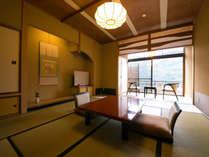【Dタイプ】10帖一間の純和風の造りの和室。 檜風呂の内湯(温泉ではございません)付きです。