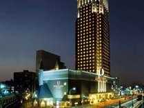 ホテルエミシア札幌 外観(夜)