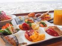 31階スカイレストラン「Hareus~ハレアス」の朝食ブッフェ