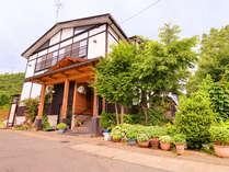 *豊かな自然に囲まれた当館で素敵な旅行をお楽しみ下さい。