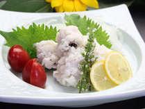 湯引きは鉄板!梅肉と酢味噌が、合う~!!