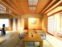 【別館 特別室】主室10畳~12畳に次の間8畳(和ダイニングテーブル設置)の南面客室です。