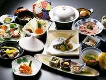 ■【会席料理】食材と味にこだわった月替りとなる献立です。連泊でご逗留の場合には日替り献立となります。